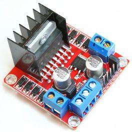 Tarjeta con controlador L298